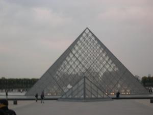 Museu de Louvre, 2007